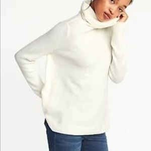 White Turtleneck sweater/ Old Navy
